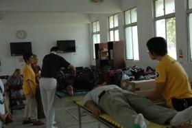 Ministros Voluntários de Scientology trazem os primeiros socorros espirituais aos filipinos assolados pelos furacões deste ano, que deixaram dezenas de milhares sem abrigo.